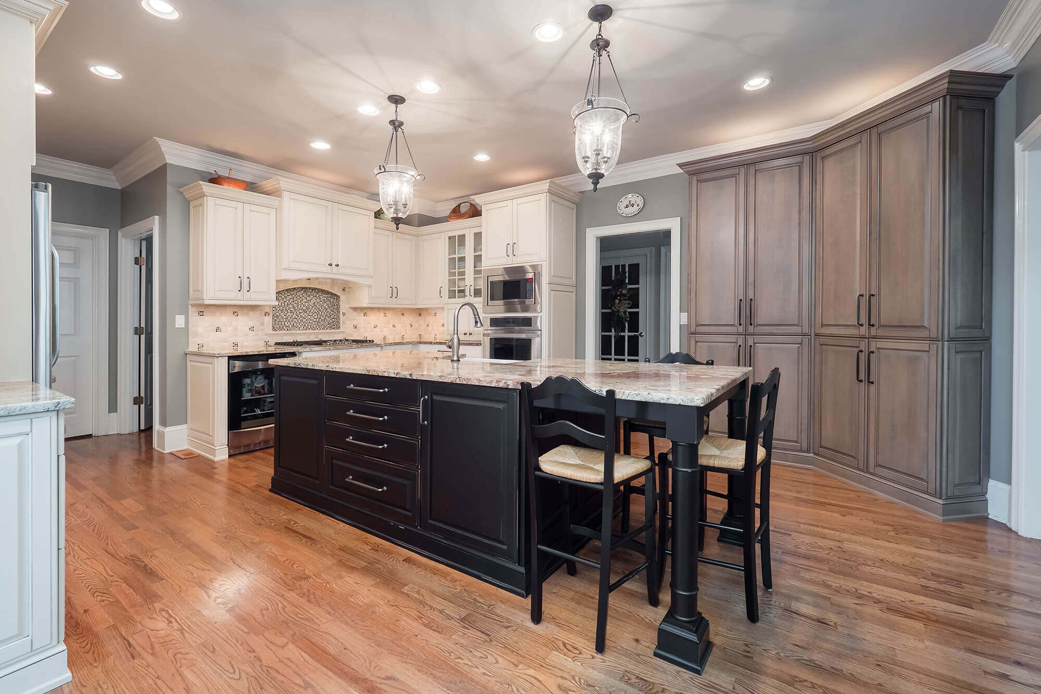 Tri-Color Kitchen with Country Breakfast Nook in Johns Creek GA